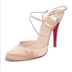 Christian Louvoutin Satin Pump IT38